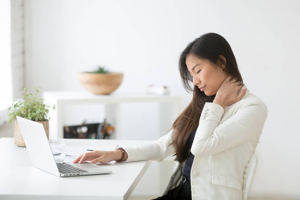 office-ergonomics-woman
